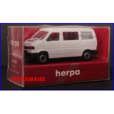 042406 HERPA - VW T4 California coach 1/87