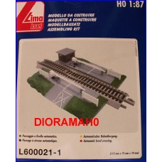 L60021-1 LIMA - Passaggio al livello e binario con massicciata !!