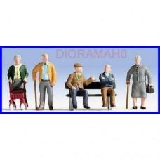 15551 NOCH - 5 Personaggi - set di anziani con accessori