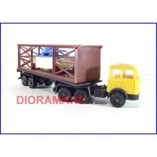 60 0802 Camion con trasporto imbarcazione - Lima (2)