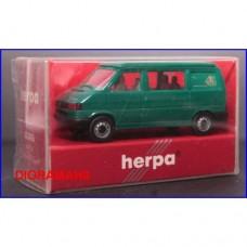 042406 HERPA - VW T4 California coach VERDE 1/87